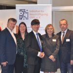 Die Referenten, Gastgeber und Veranstalter des IfB-Dialoges: Gib Flüchtlingen eine Chance